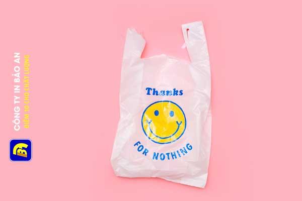 Những mẫu túi giấy, túi nilon đẹp lạ cho cửa hàng, siêu thị